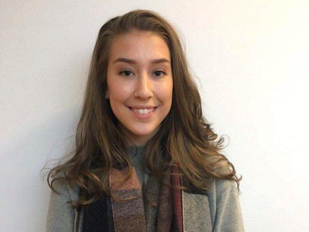 Guro Strand (18): – Ja, jeg bryr meg, fordi det er viktig å engasjere seg. For meg er skolepolitikk viktig fordi vi trenger godt utdannede mennesker så vi har noe å leve av etter oljen.