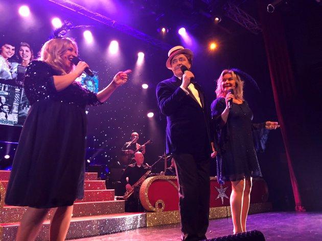 Hyllest: Mange kjente artister får sin hyllest i juleshowet.