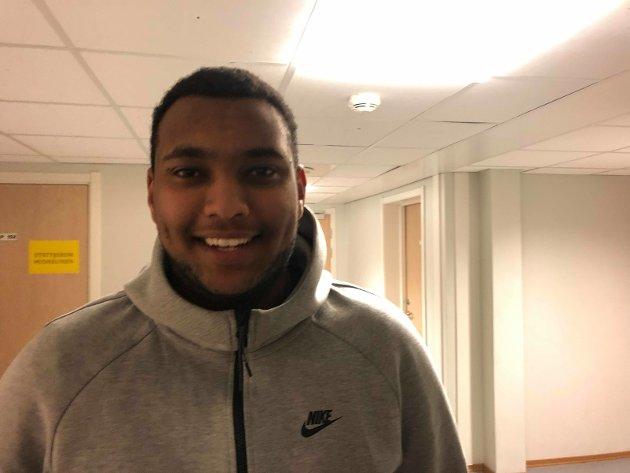 Risam Teike (18): -  Je gleder meg til å feste med medruss og bli kjent med flere folk!