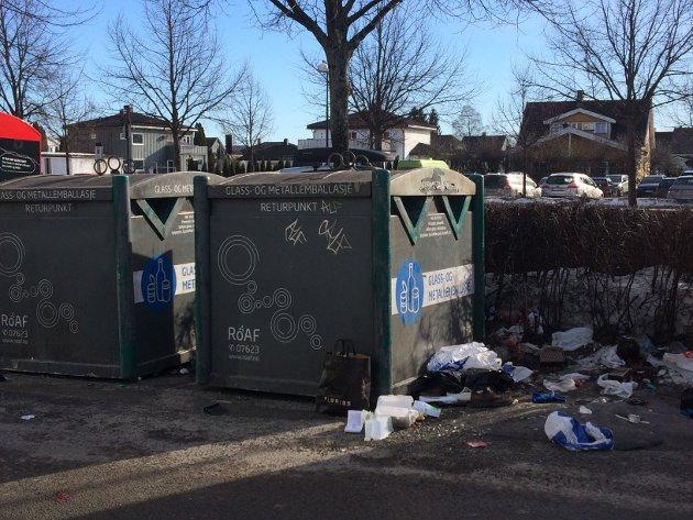 Søppelcontainer Torget Lillestrøm 2019
