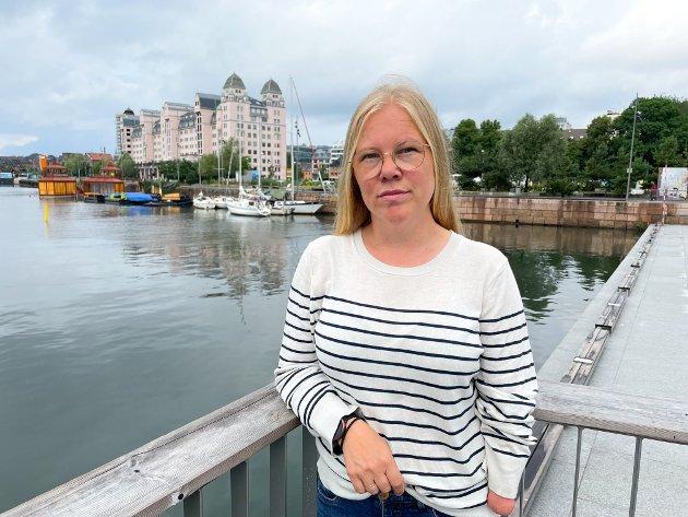 KAFFE, IKKE CAVA: De fleste straffesakene på sjøen gjelder promille. Ekte kapteiner drikker kaffe, ikke cava, sier Klar for sjøen-koordinator Katrine Gaustad Pettersen.