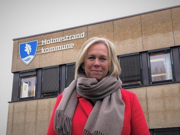 ANMODNING: Elin Gran Weggesrud, ber, sammen med de øvrige Vestfold-ordførerne, regjeringen sette inn sterkere tiltak overfor bransjer som kultur, reiseliv, servering og varehandel.