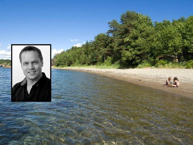 SANDSTRAND: I Sandefjord er det faktisk mulig å ha en slik idyll for deg selv - midt i høysesongen, skriver ansvarligredaktør og daglig leder Steinar Ulrichsen (innfelt).