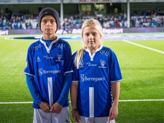 Kampens SA-maskotter var Maya Andreassen og Eskil Pehrsen Lunde. FOTO: Thomas Andersen