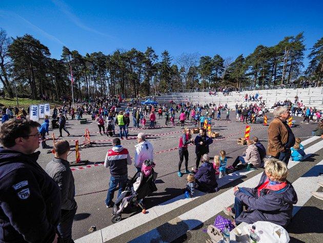 My folk på på plass i Kulås under SA-løpet.  FOTO: Thomas Andersen