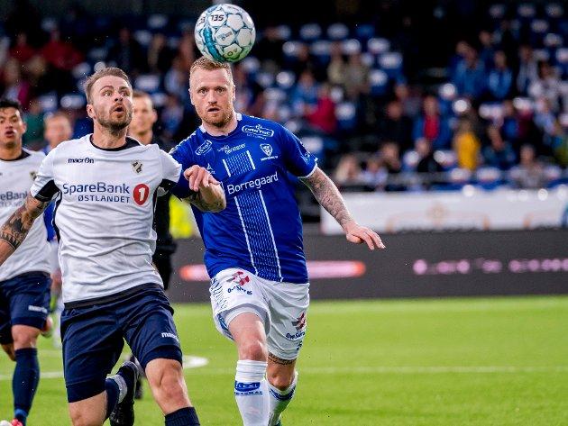SPISS: Ronnie Schwartz scoret åtte mål på 16 kamper for Sarpsborg 08 i 2018-sesongen. Ole Werner Mathisen mener at klubben kunne hatt bruk for en som han i dag.