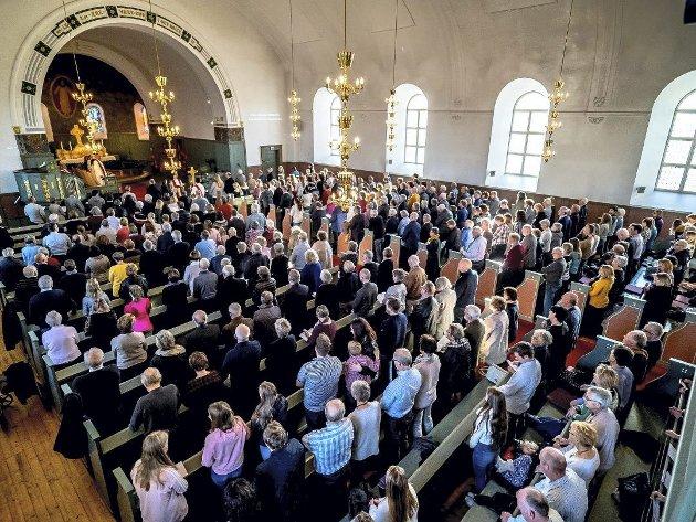 I pinsen blir alle som både er usikre, tvilende, overbeviste og trofaste forsikret om at Guds Ånd er livgivende til stede hos oss, skriver biskop Atle Sommerfeldt.