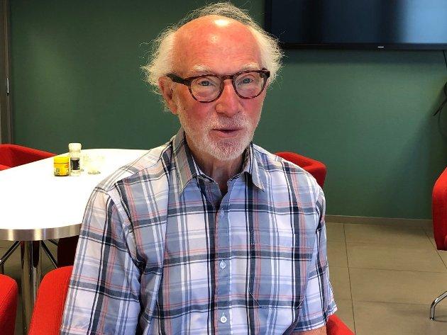 Pensjonert ligningssjef Svein Grindahl (bildet) og professor emeritus Jose Julio Gonzalez gir her svar til Ap-politikerne Rigmor Aasrud og Lise Christoffersen. (Foto: Erik Langsæter)