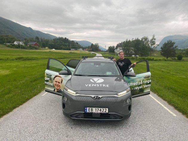 Venstre vil halde fram med momsfritak for elbilar. Det er god distriktspolitikk, meiner Alfred Bjørlo.
