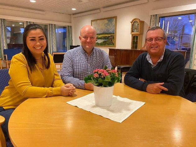 Anne Marie Lund, Robert Sæbø og Tor Inge Soma fra Sola Høyre vil sertifisere sykehjemmene i Sola som livsgledehjem.