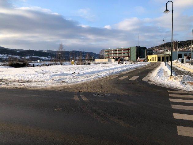 IKKE SI JA: Tidligere Frp-politiker Odd B. Landsverk mener politikerne ikke er i en tvangssituasjon knyttet til økt bidrag til kjøp av parkeringsplasser. De kan si nei, mener landsverk.