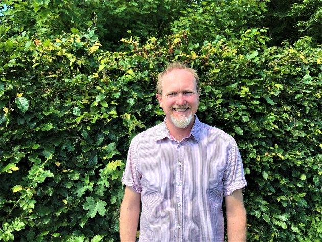 – Uansett om du sorterer hjemme eller på hytta, sørger kommunene for at avfallet ditt gjenvinnes, skriver Svein Kamfjord, direktør Samfunnsbedriftene Avfall og ressurs.