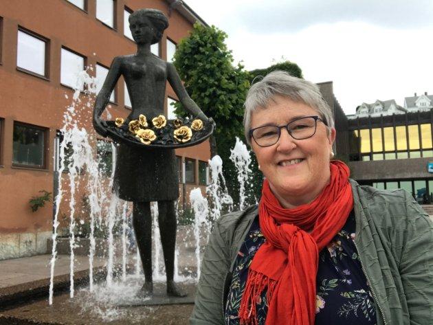 Birgit Oline Kjerstad (bildet) er eit varmt menneske som er genuint glad i naturen og vil verne den, men også ei som er oppteken av at kvardagen til folk skal vere så god som råd.,  skriv Ingrid Opedal, leiar i Volda SV.