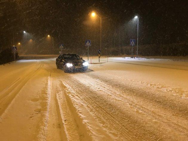 SNØ: Slik så det ut på Hortensveien tidlig onsdag morgen.