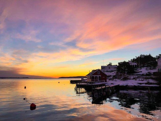 Fikk med meg soloppgangen på Husøy i dag.