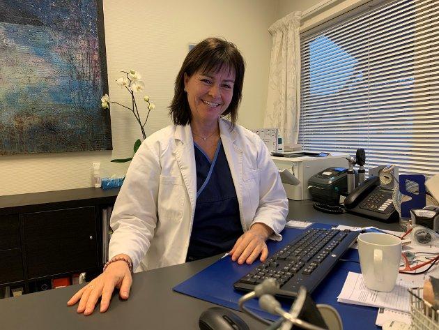 BEKYMRET: Store helprivate legeaktører med store økonomiske muskler utnytter fastlegekrisen, mener Berit Marie Lien.