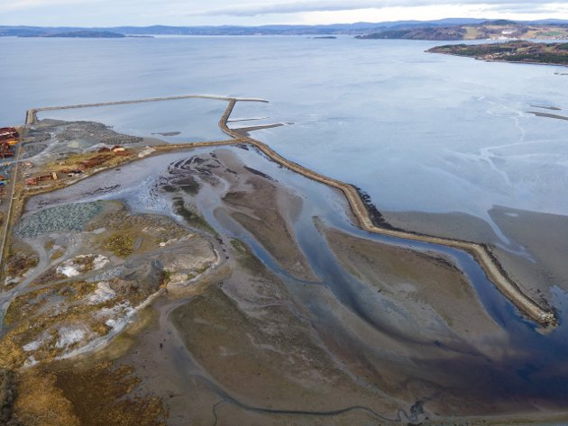 Ved Ørin gir brakkvannsdeltaet oppvekstvilkår for brisling, noe både hobbyfiskere og større fisk som sei og sjøørret vet å sette pris på. Foto: Halvor Sørhuus