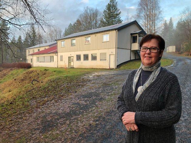 Berit Lund er skuffet over at Inger-Jorun Hansen Nybrått (bildet) ikke nevnte sine to trofaste medhjelpere i et intervju i Tvedestrandsposten.
