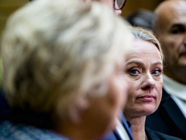 Krise: Nav-skandalen er en krisesak. Statsråd Anniken Hauglie sitter på nåde. Foto: Scanpix