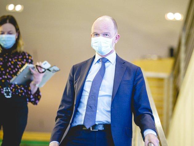 NHO-direktør Ole Erik Almlids tilbud om «nulloppgjør» har bidratt til å fyre opp temperaturen i forkant av årets lønnsforhandlinger. FOTO: NTB