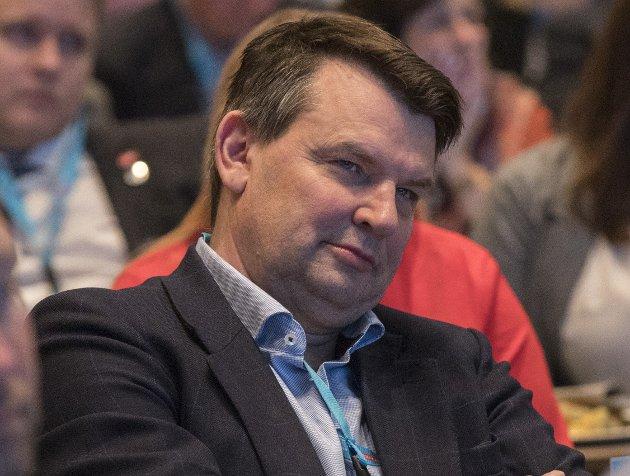 Vergemål: Justisminister Tor Mikkel Wara (Frp) må bla opp mer penger.