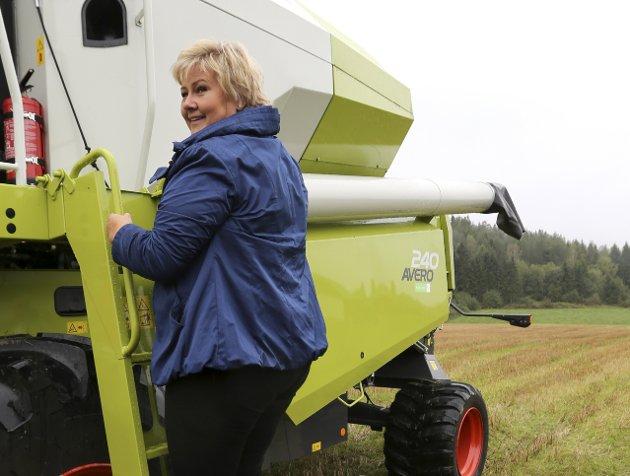 Venter: Et samlet norsk landbruk venter på at statsministeren skal komme med en krisepakke.