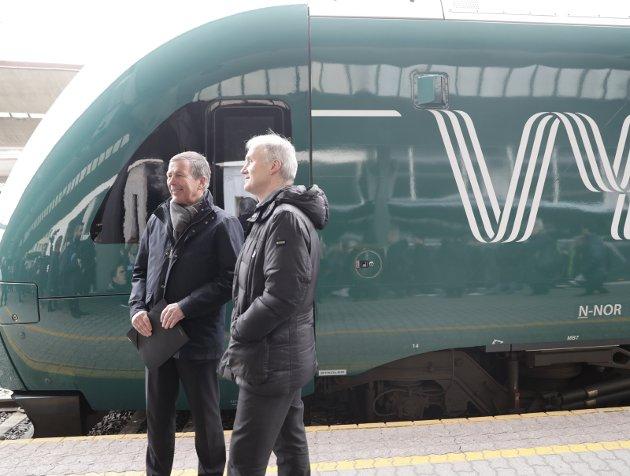 MODERNE? Slik ser et moderne tog ut. Lakk og logo er ikke hva norsk jernbane trenger mest ...Foto: Scanpix