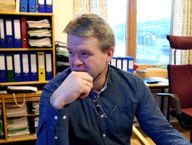 Smell: Sør-Fron og ordfører Ole Muriteigen (Sp) burde fortsått at skattesatsen måtte ned når takstene økte dramatisk.