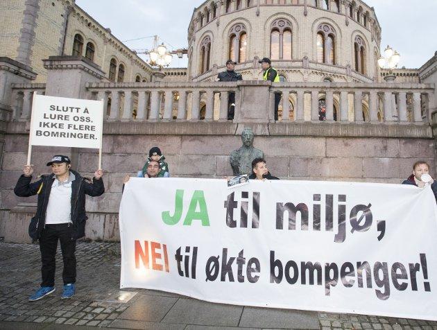 Protest: Noen rammes særdeles hardt av bompengeregimene.Foto: ScanPix