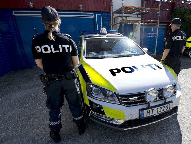 TRYGGLEIK: Når politiet skal fylgje frå Nord-Gudbrandsdalen til Barnehuset eller arresten på Hamar, seier det seg sjølv at det tek mykje tid. Lokalisering av arresten går hardt utover eit stort vaktdistrikt med lite patruljar, skriv Skjåk Senterparti.
