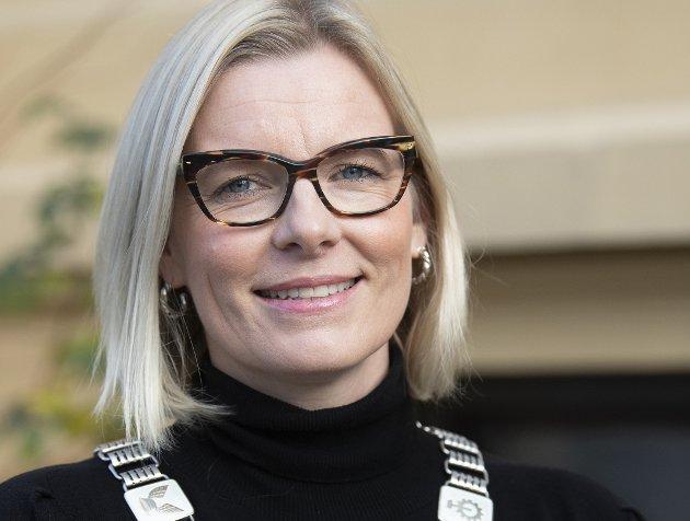 SUGERØR: Vil ordfører Ingunn Trosholmens nei til sugerør i kommunekassa stå seg ved nye økonomiske WC-utfordringer?