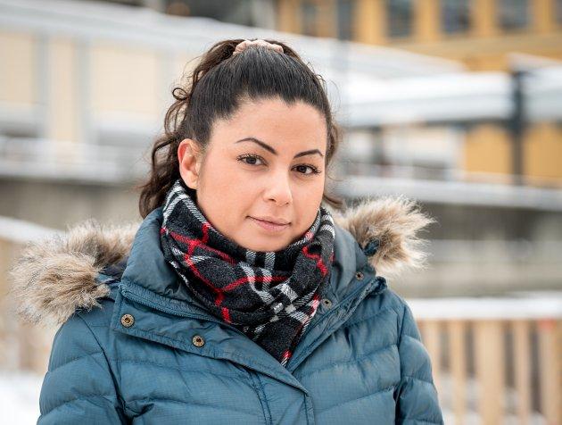 Se dem: Fatima Ismail  ber sykehusledelsen om «takk». Vi skylder alle som står i tøffe arbeidsdager å vise at vi ser hva de gjør.