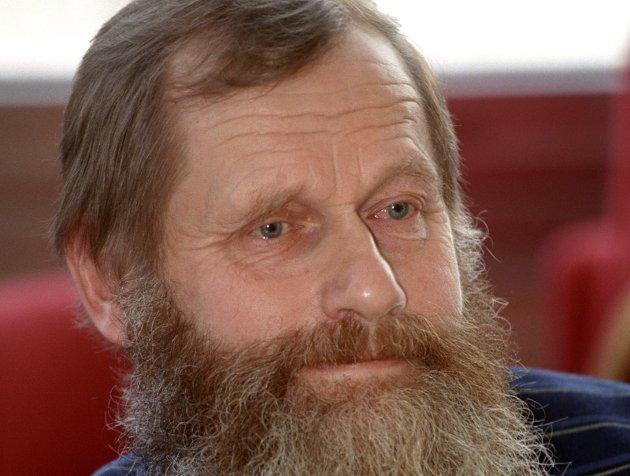 Kritisk: Partinestor Lars Velsand tar et solid oppgjør med miljøprofilen til Sp.