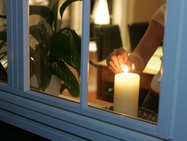 Levelig: Vi kan ikke bare vedta at det skal være lys i vinduene, grendene må gjøres levelige.arkivfoto