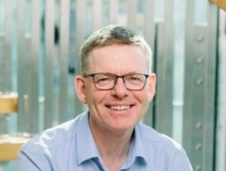 KRISEN: Kompensasjonsordningene og lav moms på 6 prosent videreføres utover høsten, noe som er spesielt viktig for et hardt rammet reiseliv, skriver regiondirektør Jon Kristiansen i NHO.