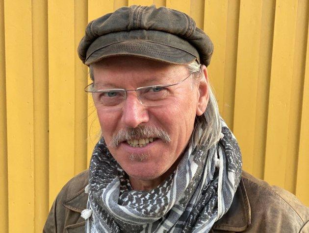 Klubbleder Ståle Johansen trekker et lettelsens sukk når SV nå har trukket seg fra regjeringssonderingene. Han har nok verken grundig kjennskap til SVs industripolitikk eller årsakene til at SV trakk seg fra sonderingene, skriver Sven-Øyvind Bern, leder i Verdal SV.