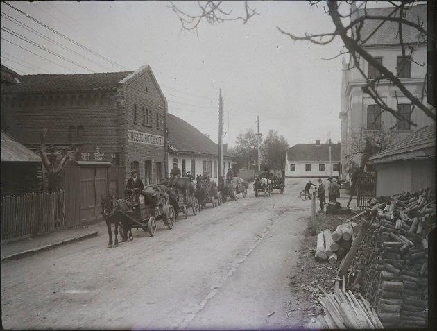 FORSVANT: Store deler av Myntgata 15 forsvant i brannen I 1921. Siden ble det bygget nytt hus på tomten.