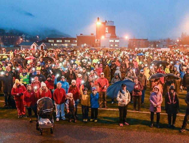 Helgeland sykehusaksjon med markering ved sykehuset på Selfors som samlet vel fire tusen ranværinger.