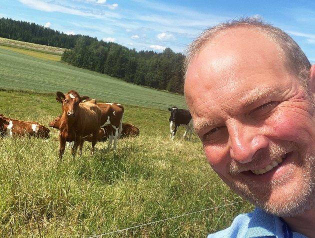 «Det holder ikke å si at man er stolt av og heier på norsk landbruk. Det er den praktiske politikken som avgjør om vi har et landbruk og en trygg norsk matproduksjon i morgen», poengterer Ole André Myhrvold, stortingsrepresentant for Østfold Senterparti, i dette innlegget. (Foto: Privat)