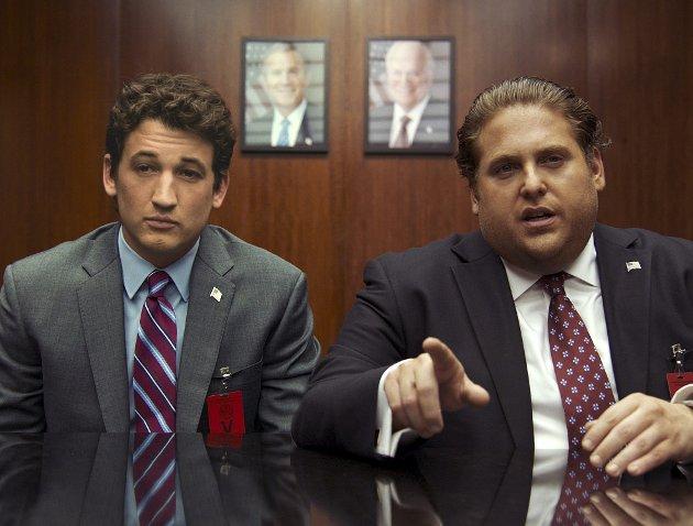AEY: Firmaets to herrer opplever mer ay-ay enn yeah-yeah. I alle fall med FBI på dørstokken i siste del.Foto: Filmweb.no