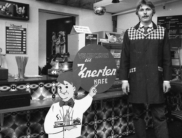 CAFE: Knerten Kafe i Lillestrøm på 80-tallet.