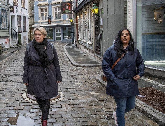 Ordfører Marte Mjøs Persen og Sosialbyråd Lubna Jaffery støtter regjeringens rusreform.
