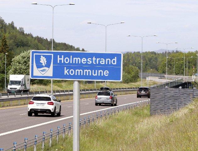 Holmestrand ble navnet: Fastsatt av departementet og godkjent av Kongen i statsråd. Foto: Pål Nordby