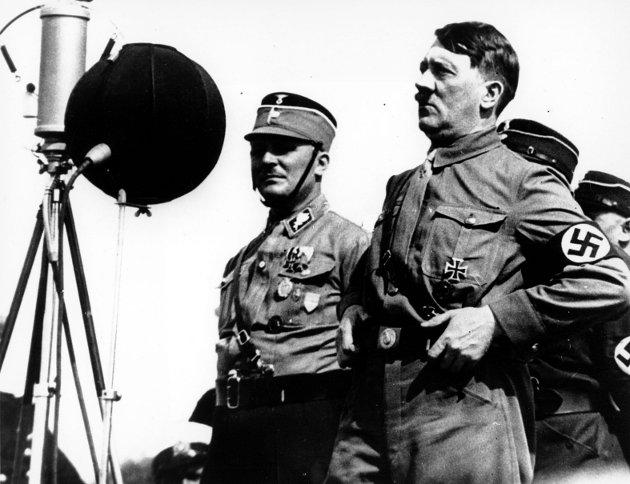 – Mange av historiens helter var ikke «perfekte» i utgangspunktet. Men som Stauffenberg, mannen som prøvde å drepe Adolf Hitler (bildet) under «Operasjon Valkyrie», innså de underveis at det de var med på, var forkastelig. ILLUSTRASJONSFOTO: AP