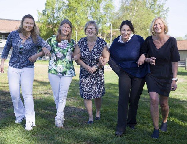 STILLER: Heidi Houg, Lene Conradi, Eva Norén Eriksen, Anne Thrana og Monica Vee Bratlie.