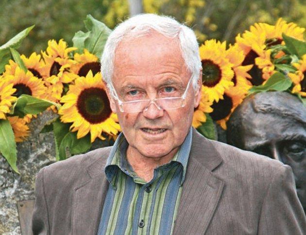 Sier nei: Tidligere ordfører i Nedre Eiker, Rolf Bergersen. (Arkivbilde)