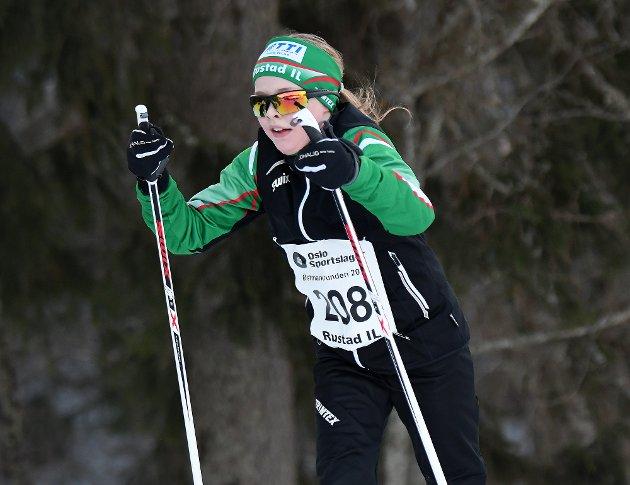 Martina Elisabeth Olaussen brukte litt over en time på 15 kilometeren.
