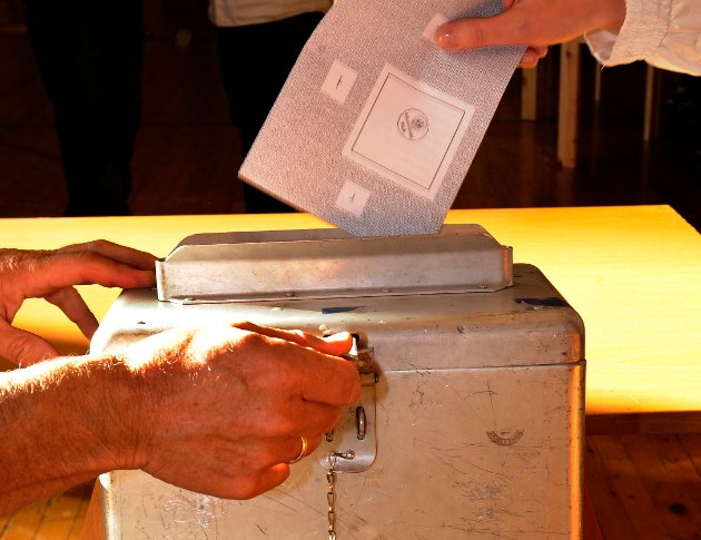 Human-Etisk Forbund ber valgminister Nikolai Astrup om å sørge for at interne valg i tros- eller livssynssamfunn ikke kan foregå samtidig med, og i nabolokalet til, offentlige valg.