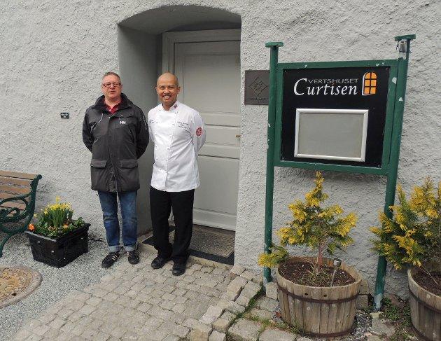 Kjell Riise og Sebastian Engh gleder seg til å ønske haldenserne tilbake til Curtisen 1. mai.