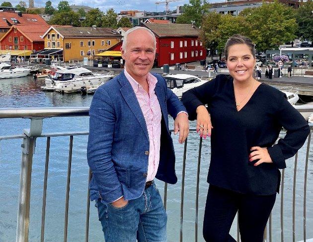 Finansminister Jan Tore Sanner og stortingsrepresentant fra Vestfold, Lene Westgaard-Halle i Tønsberg